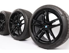 BMW Velgen met Zomerbanden M5 F90 M8 F91 F92 20 Inch Styling 810 M Doppelspeiche