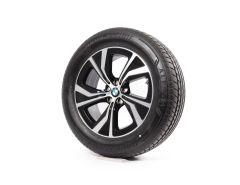 BMW Velgen met Zomerbanden X5 G05 X6 G06 18 Inch Styling 689 Turbinenstyling