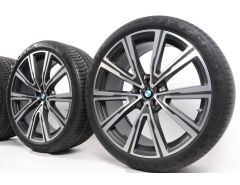 BMW Sommerkompletträder X5 G05 X6 G06 22 Zoll Styling 746i V-Speiche