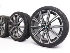 BMW Velgen met Winterbanden X5 G05 X6 G06 22 Inch Styling 746i V-Speiche