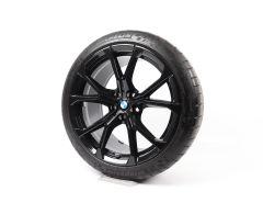 BMW Velgen met Zomerbanden Z4 G29 19 Inch Styling 772 V-Speiche